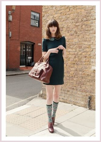fall outfits knee high socks socks peter pan collar forest green hipster girly preppy back to school bag leather bag collared dress