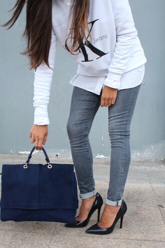 style by nelli blogger sweater jeans shoes