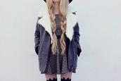 coat,grey,white,fur,blue,jeans,dress,fur coat,plaid dress,black and white plaid dress