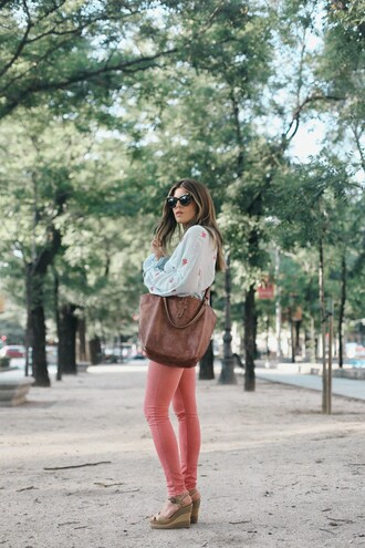 shirt tumblr blue shirt jeans denim pink jeans sandals wedges wedge sandals bag brown bag shoes