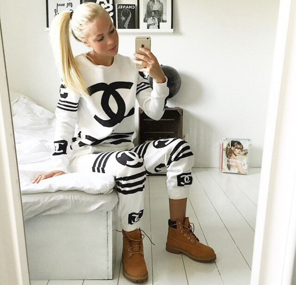 top white top black and white sweater black and white pants chanel jumpsuit sweater sweater chanel black and white bag looking for chanel sweatsuitit