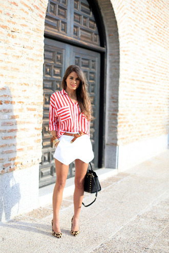 blogger style striped shirt red skorts leopard print high heels shoes