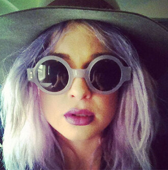 sunglasses kelly osbourne floppy hat hairstyles round sunglasses pastel hair