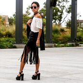 skirt,astars womens,vegan,vegan leather,vegan leather skirt,fringes,daily kongfidence,fall outfits,fashion blogger