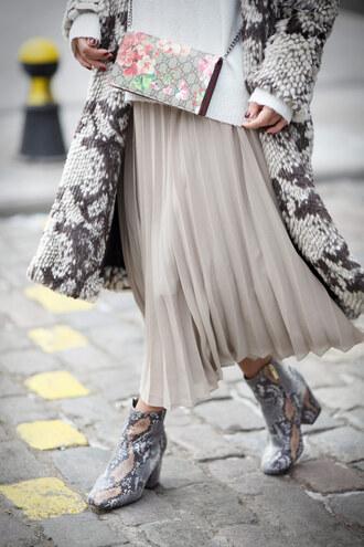 skirt tumblr midi skirt pleated pleated skirt white skirt coat printed coat bag printed bag boots snake print snake print ankle boots ankle boots mid heel boots