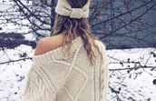 sweater,white knit,knitted sweater,oversized sweater,knitted beanie,holiday season,hat,winter sweater,headwrap,warm,beige,beige sweater,oversized,winter outfits,headband