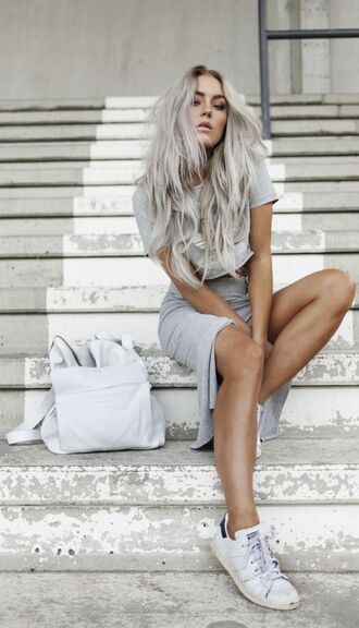 silver hair long hair grey top crop tops grey crop top skirt slit skirt grey skirt all grey everything sneakers adidas adidas shoes backpack summer outfits blogger monochrome outfit