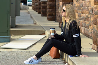 styleinasmalltown blogger sweater jeans shoes bag sunglasses jewels black sweater adidas black jeans