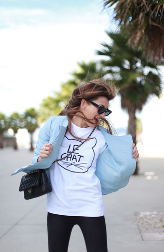 b a r t a b a c blogger bag sunglasses white t-shirt cats light blue jacket