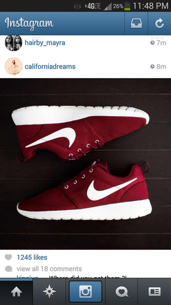 nike roshe run foot locker