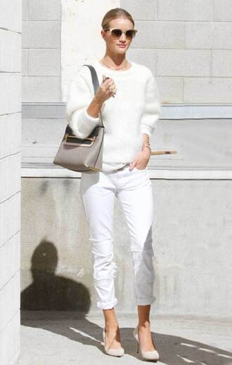 sweater white and beige outfit white and beige white sweater pants white pants bag beige bag beige shoes pumps pointed toe pumps high heel pumps rosie huntington-whiteley celebrity style celebrity white winter outfit