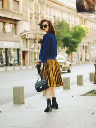 jacket blue suede jacket gold pleated skirt black heeled boots black bag blogger sunglasses