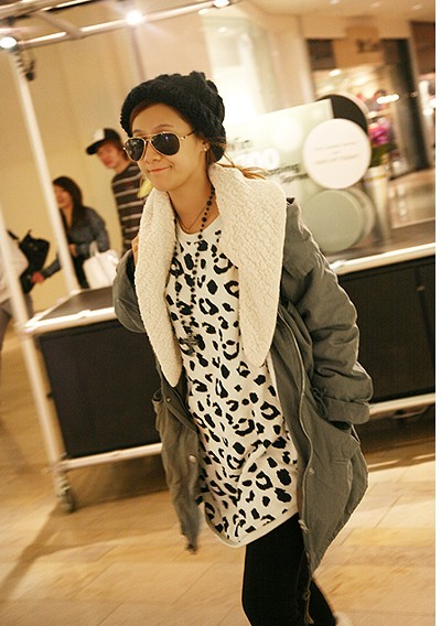 Wholesale Hot Sale Leopard Round Collar and Long Sleeves Blouse For Female (LEOPARD), Blouses - Rosewholesale.com