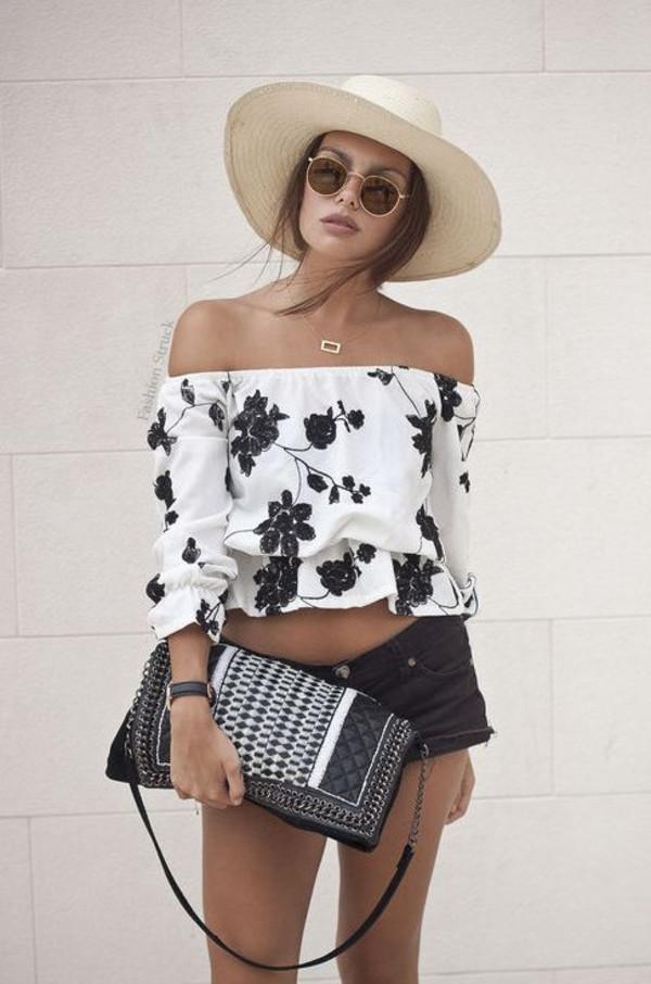 impactful off shoulder crop top outfit 11