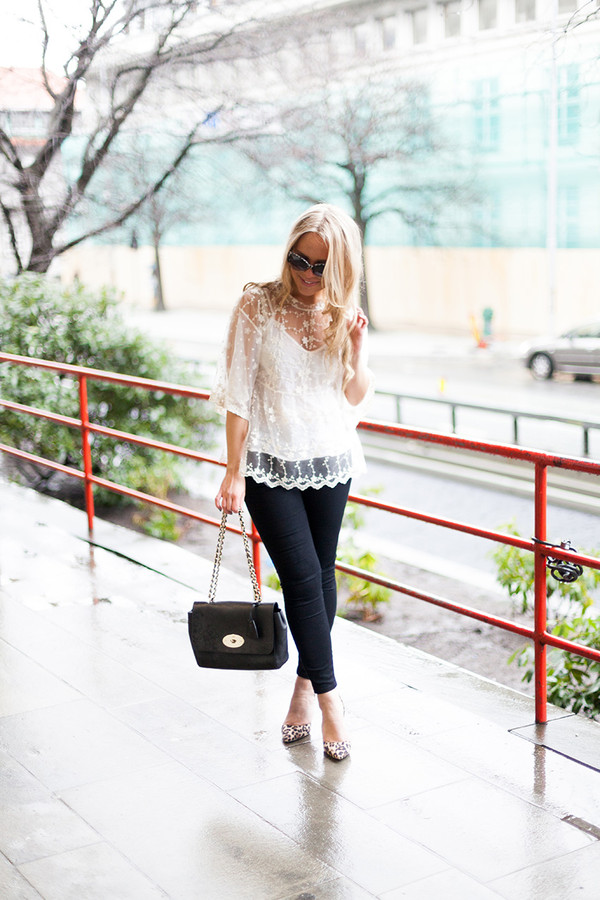 cath in the city t-shirt jeans shoes bag sunglasses