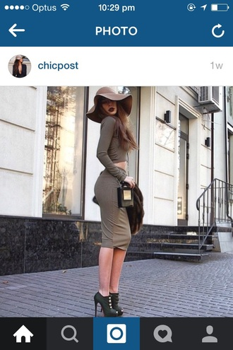 hat taupe brown wide brim floppy chic winter outfits floppy hat