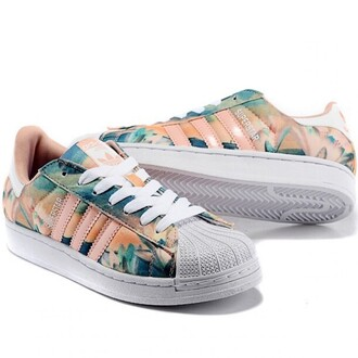 shoes pink fashion pattern sneakers summer cool trendy adidas adidas superstars adidas shoes boogzel