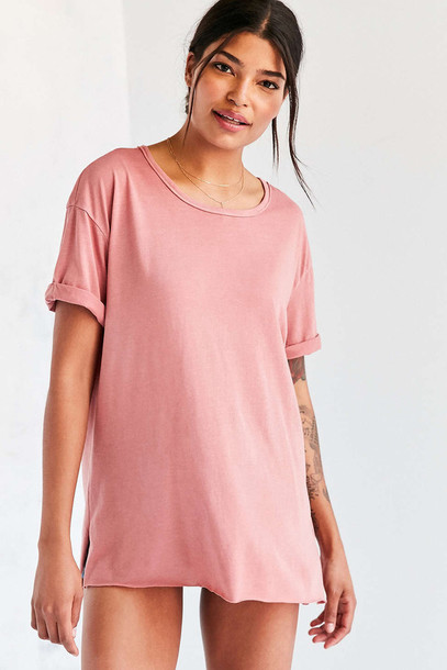 Top: oversized t-shirt, roll-up, pink t-shirt, urban outfitters ...