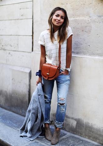 sincerely jules blogger t-shirt jeans shoes coat