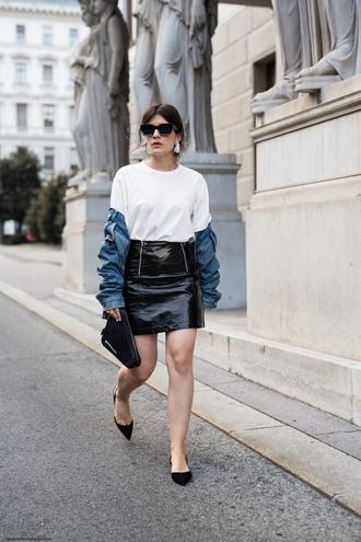 skirt vinyl skirt mini skirt t-shirt pumps earrings blogger blogger style denim jacket handbag