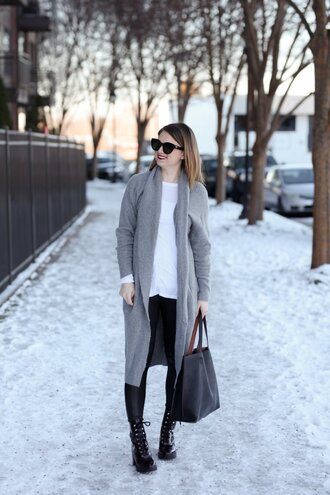 polishedclosets blogger cardigan t-shirt leggings shoes sunglasses bag grey cardigan winter outfits boots tote bag