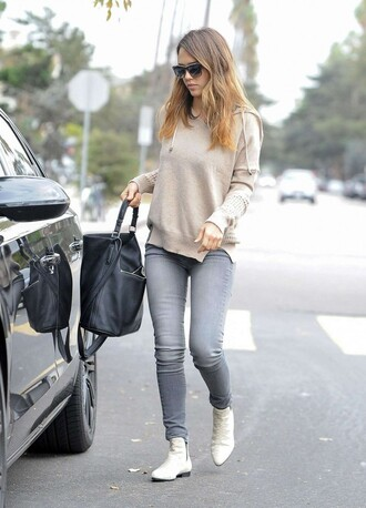 jeans jessica alba sweater shoes bag sunglasses