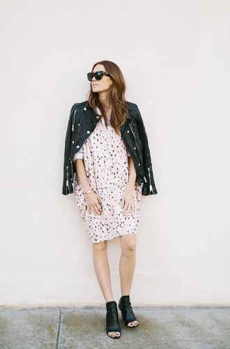 could i have that blogger sunglasses leather jacket summer dress spring outfits pink dress
