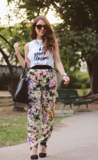 bag shirt sunglasses muscle shirt miss pandora high heels