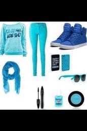 shirt,blue shirt,shoes,scarf,jeans