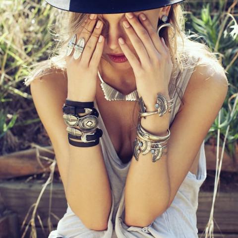 Bracelets | The 2 Bandits