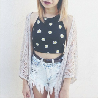 shirt daisy daisy print flowers floral black white yellow crop tops crop top shorts sweater