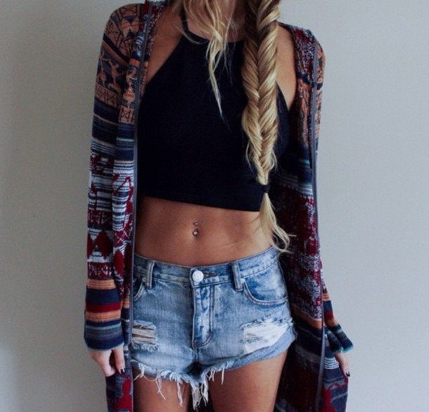 blouse cardigan jacket sweater t-shirt black  t shirt top jeans tank top stylish style crop tops shorts