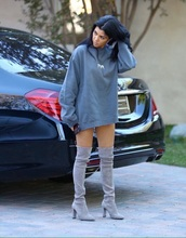 shoes,kourtney kardashian,kardashians,glamour,suede boots,heels,thigh high boots,knee high boots,grey,sweater,shirt,yeezy,blue