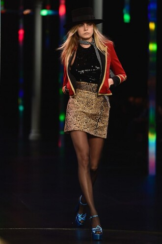 cara delevingne skirt fashion week 2014 leopard print