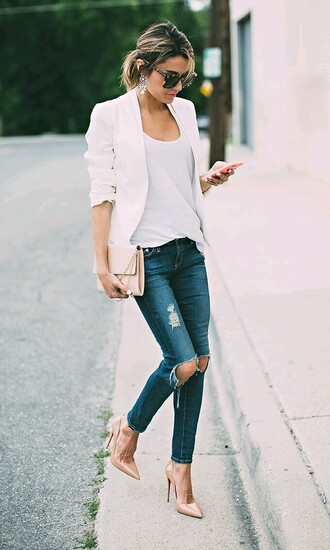 jeans outfit streetstyle ripped jeanes nude heels white blazer white cotton top jacket blazer shirt ripped jeans pointed toe pumps heels white