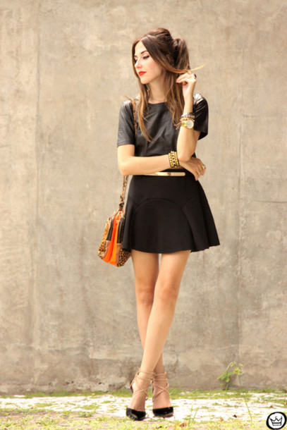fashion coolture blogger black skirt black t-shirt top skirt bag jewels shoes