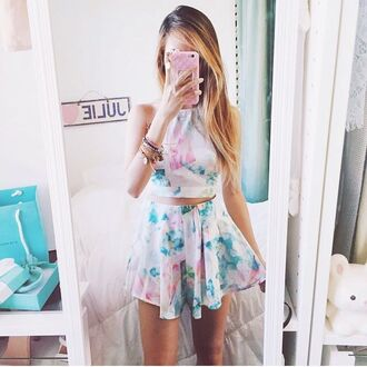 shirt flowers floral green pink white teal tie dye skirt shorts tumblr crop tops