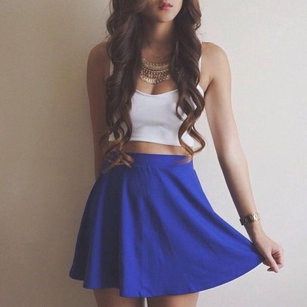 skirt jewels blue skirt azul metallic metallic skirt blue skaterskirt skater skirt bustier white bustier blue white top shirt white crop tops navy blue high waisted skirt blue skater skirt