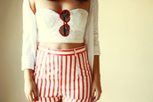 tank top,shorts,lace,cardigan,clothes,summer,girly,stripes,crop tops,the fashion addicted,sunglasses,vintage,blogger,fashion blogger,heart sunglasses,High waisted shorts