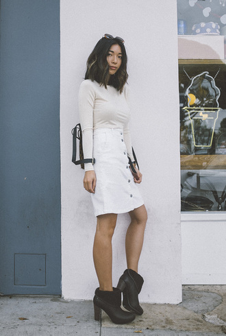 honey n silk blogger top skirt bag sunglasses shoes