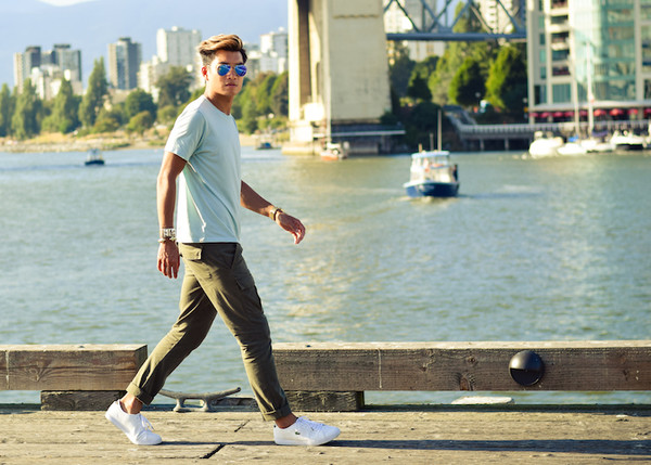 alexander liang blogger t-shirt jeans