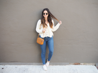 district dress up blogger sweater bag jewels jeans shoes sunglasses orange bag sneakers skinny jeans spring outfits