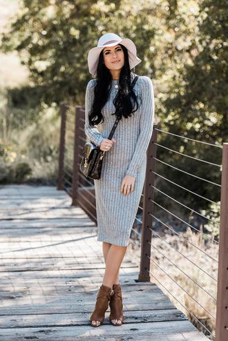 dress tumblr knit knitwear knitted dress grey dress boots peep toe boots hat bag crossbody bag