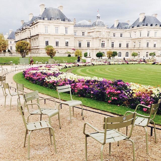 24 hours paris tour guide 6th arrondissement wheretoget for Jardin du luxembourg hours