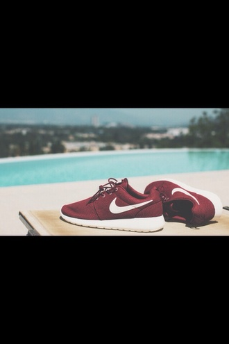 shoes nike team red nike nike running shoes nike shoes nike womens roshe runs burgundy shoes