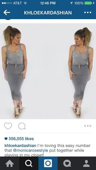 khloe kardashian grey skirt
