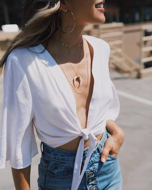 jewels top white top tumblr jewelry accessories Accessory necklace horn necklace tie-front top crop tops