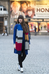 andy sparkles,blogger,coat,colorblock,blue coat,sweater,scarf,dress,leggings,shoes,jewels