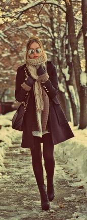 coat,winter coat,winter outfits,scarf,macys,black coat,long coat,knitted scarf,camel,snow,frozen,black booties,black boots