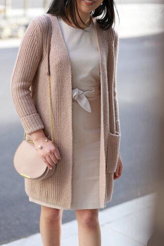 coat whatjesswore blogger dress jewels cardigan shoes beige shoulder bag nude cardigan spring outfits
